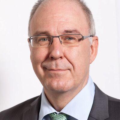 Profilbild von Prof. Dr. Roger von Moos, Chefarzt Kantonsspital Graubünden