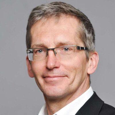 Melanom erkennen Experte Prof. Dr. med. Reinhard Dummer