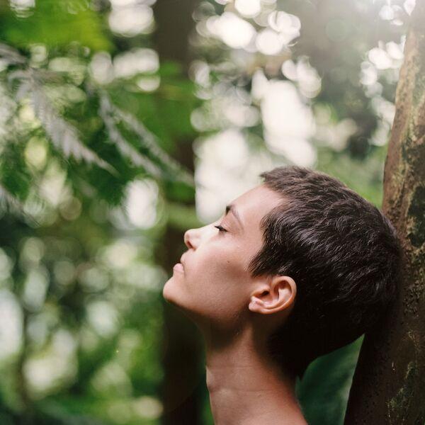 Sonne tanken hilft bei traurigen Gefühlen